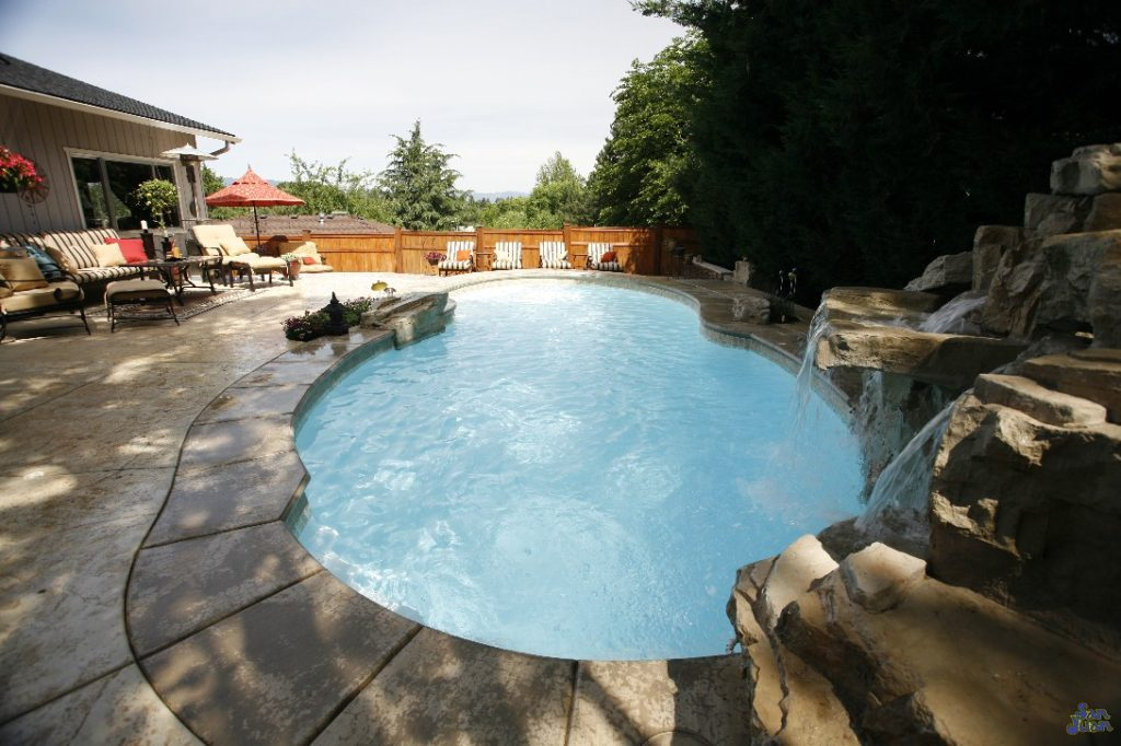 "The Atlantic is one of our classic fiberglass pool designs! It's length of 33' 1"" and total volume of 10,400 puts this pool into our Medium Pool Size category."