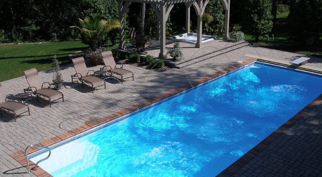 """The Luxor Deep is a remarkable fiberglass swimming pool that offers a bold 7' 10"""" deep end & long body. It's a great swimming pool for lap swimmers & divers alike. Bring the Luxor Deep into your home for a large and enjoyable outdoor swim space!"""