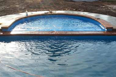 We've created a secondary tanning ledge option for clients who prefer a curved, radius layout. This is quite similar to our Scottsdale Tanning Ledge and even has the same depth: 1'. The best part about this design; it works with nearly any of our fiberglass pool options!