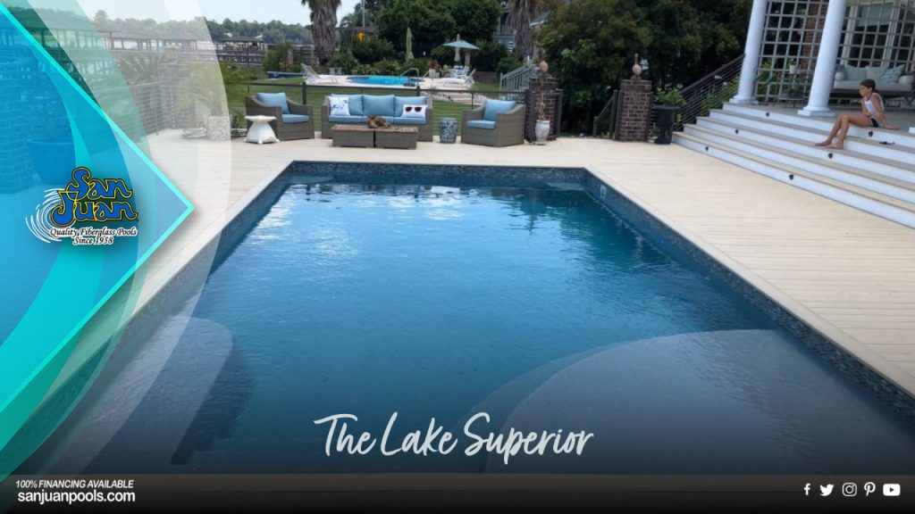 The Lake Superior – A Rectangular Pool with a Standard Hopper