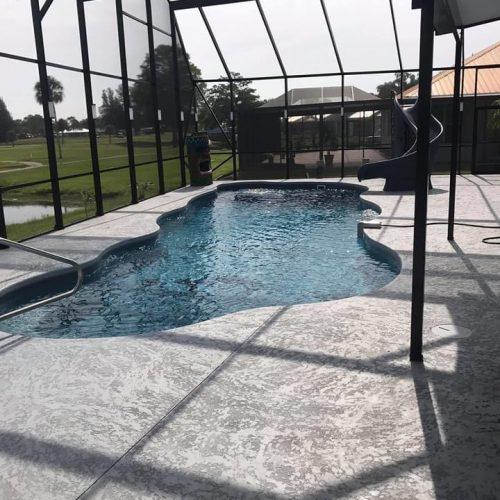 Highland Pools, Sebring FL | Installing The Pleasure Island