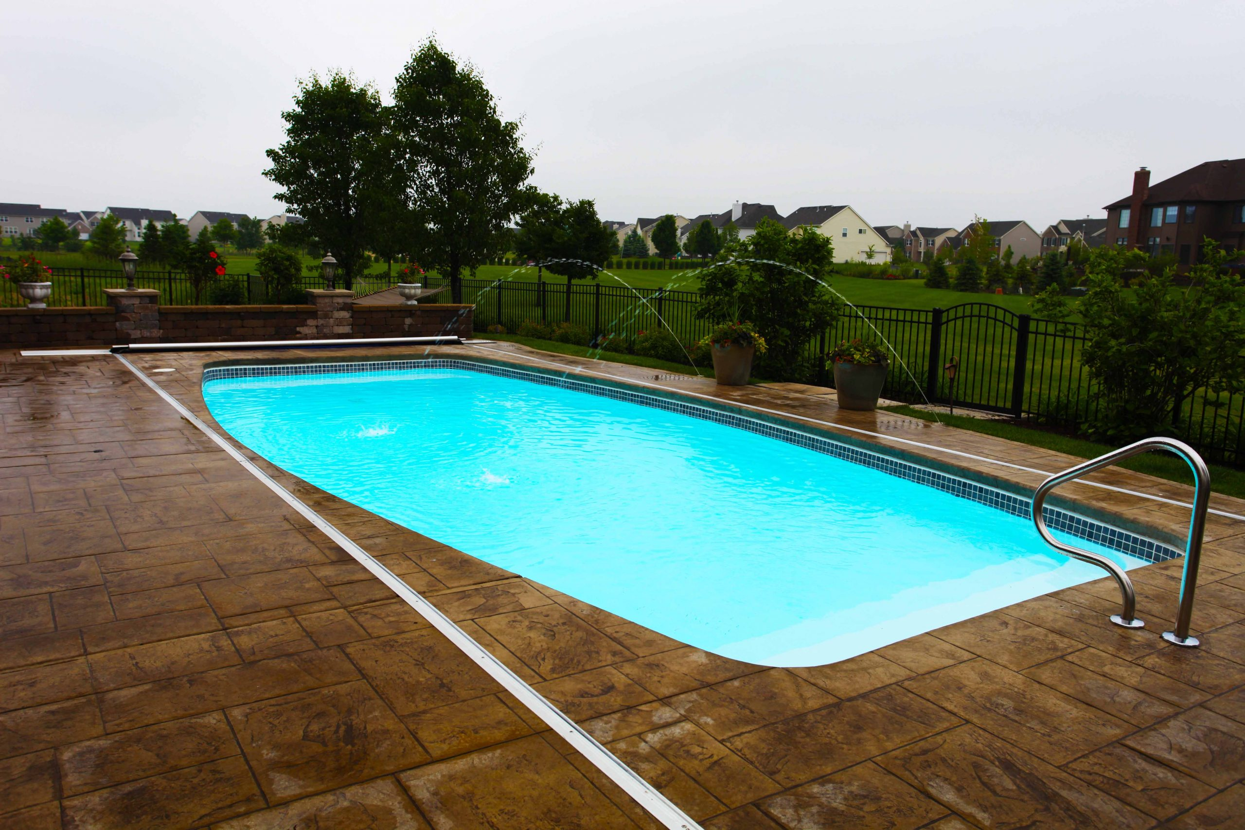 The Majestic is a modern pool design that San Juan Pools created many years ago.