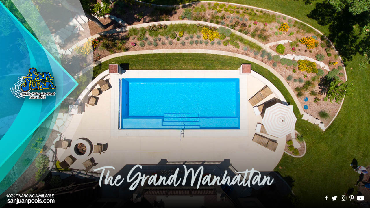 The Grand Manhattan – A Rectangle Shape with Elongated Bench