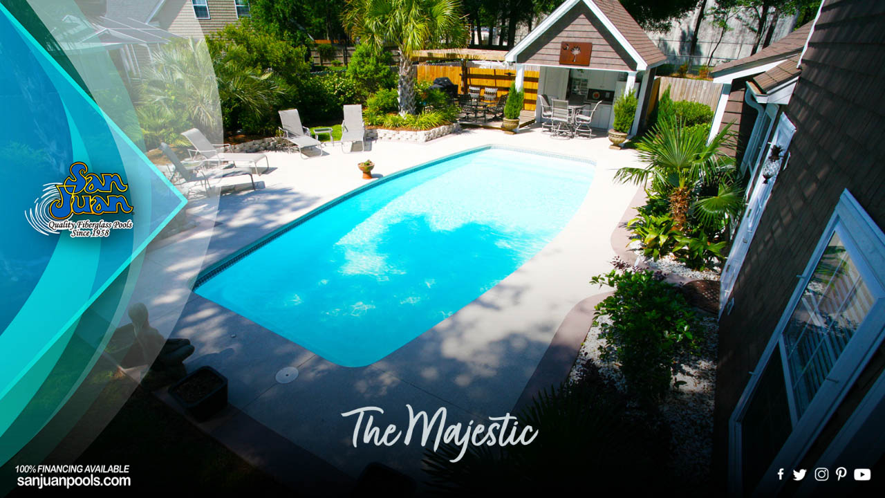The Majestic – Curved Walls and Modest 5′ 6″ Deep End